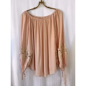 🌸2/$30 Flowy pale peach off the shoulder top